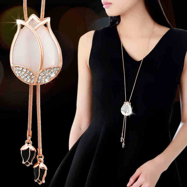 Elegant crystal snow pendant water drop necklace