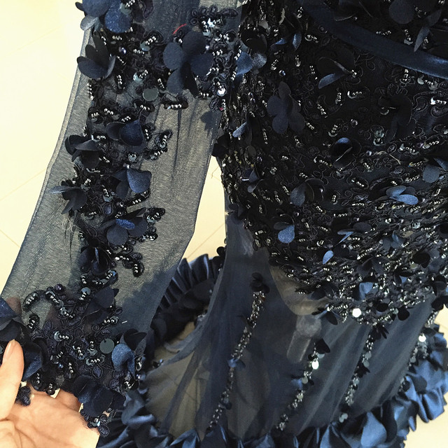 Long Sleeves Mermaid Prom Dresses 2020 Illusion Dubai Navy Beading Crystal Sequined Formal Evening Party Gowns Lace 3D flowers 5