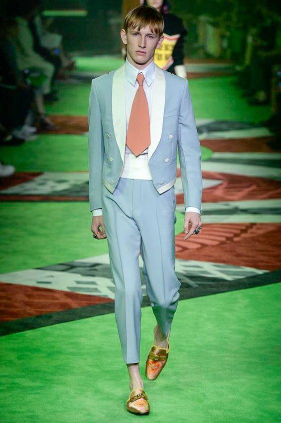 Pièce Pantalon Bleu As 2 Costume De Hommes Costumes Mode Masculino Tuxedo  Bal Blazer Slim Designs 2017 Manteau ... d661f106574