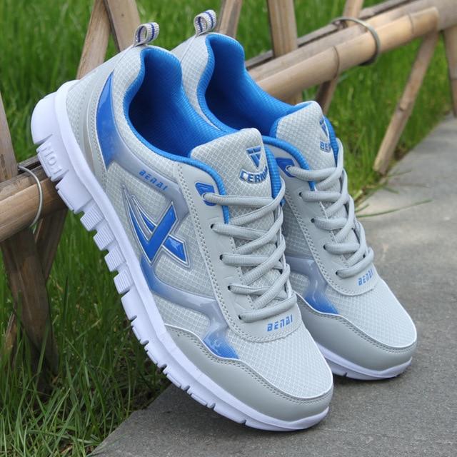 גברים נעלי 2018 חדש עזיבות חמה רשת לנשימה קל במיוחד נעלי שרוכים גברים סניקרס אביב נוח גברים לגפר נעלי