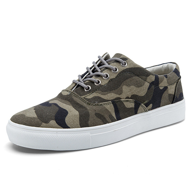 ФОТО 2017 Fashion Camouflage Men Canvas Shoes Low Top Lace Up Flats Casual Shoes Crossfit Footwear Sapatos De Couro Masculino X072606