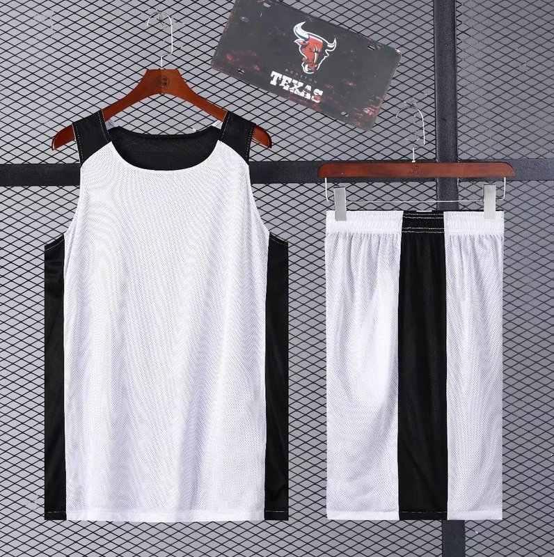 ... Пустой Баскетбол Джерси и Шорты дышащие Баскетбол форма Мужчины  Кроссовки Спортивная Баскетбол спортивный костюм по индивидуальному ... aaa57b372f0