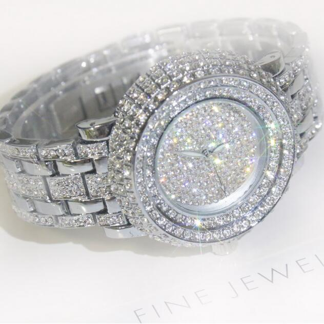 2017 New Women Watch Full Rhinestone Quartz Watches Fashion Lady Diamond Dress Wristwatch Top Quality Waterproof Girls Clocks