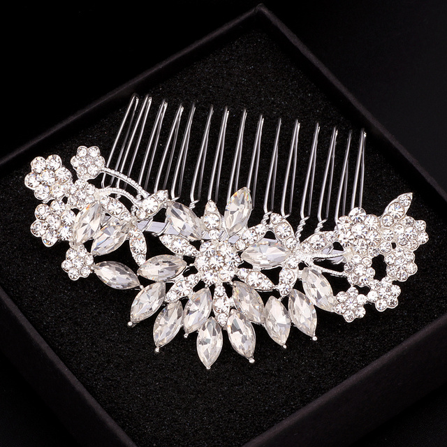 Elegant Crystal Flower Bridal Hair Combs 4