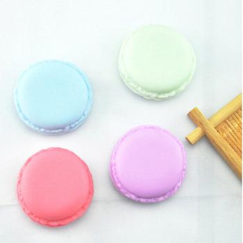 Okrągły plastikowy pojemnik do przevhowywania cukierki kolor futerał na pigułki pojemnik na leki apteczka leki pojemnik na pigułki na pigułki losowy kolor 4*2CM tanie i dobre opinie YOVIP Przypadki i rozgałęźniki pigułka Plastic pill case