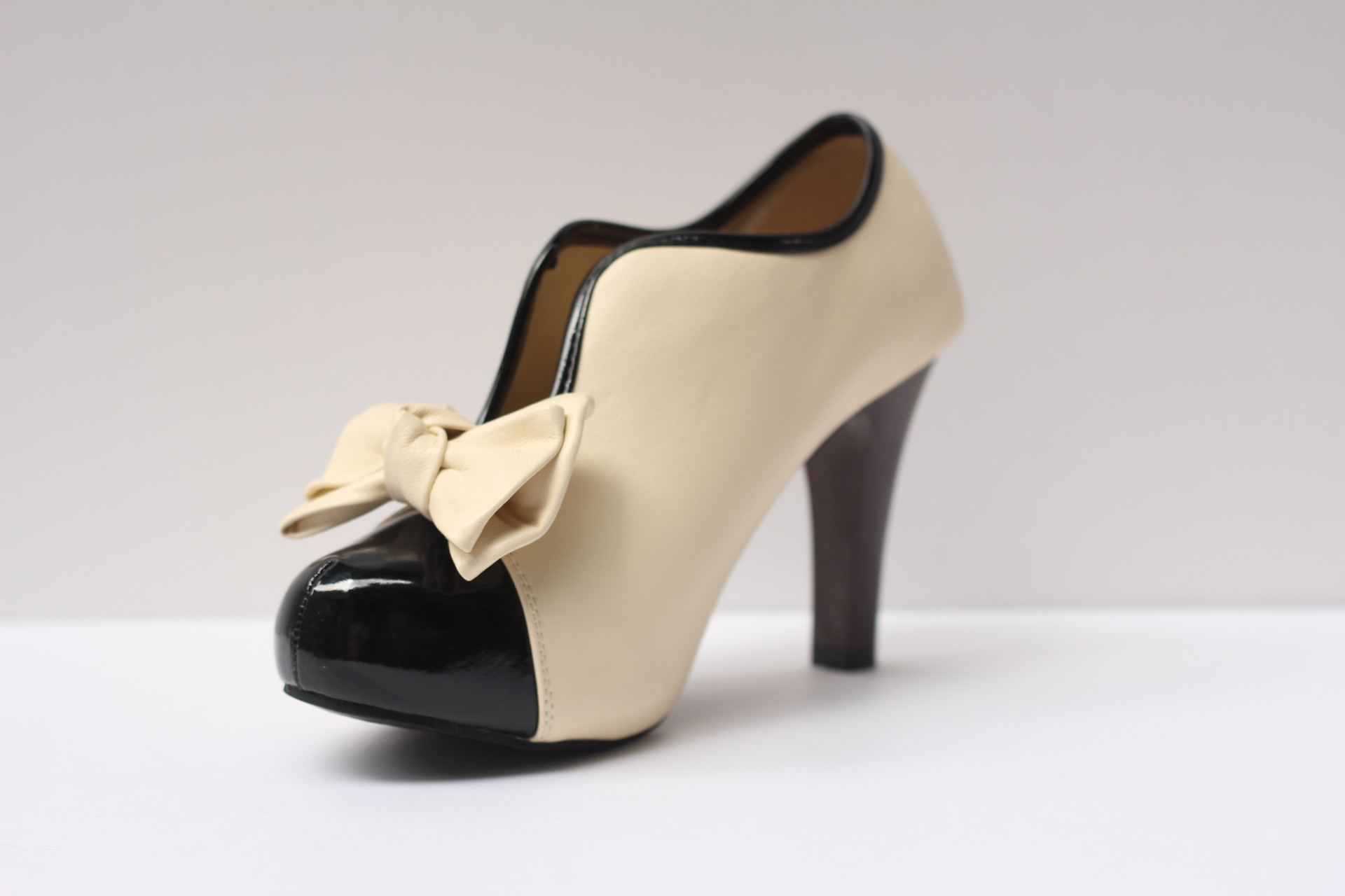 ФОТО ZiLing 600-1 stylish new sweet charming bow tie high heels and naked short boots 41 yards