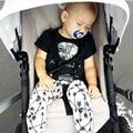 2017 Nueva ropa del bebé del Verano de algodón de manga corta camiseta de la manera + pants 2 unids Ropa infantil recién nacido bebé que arropan el sistema