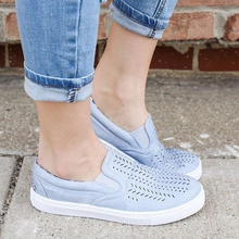 2018 summer women Flats women breathable canvas shoes flat shallow sneakers women's loafers shoes big size 35-43