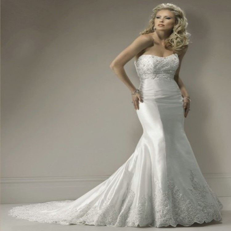 Preowned Wedding Gown: 2015 Custom Made Beautiful Preowned Wedding Dresses