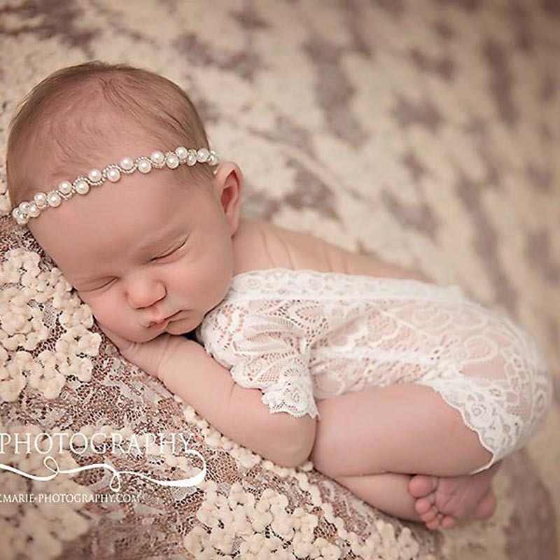 Cute ! 2017 New Soft Newborn Baby Photography Props Baby Romper Fashion Lace Infant Baby Playsuit White and Black Clothes Romper