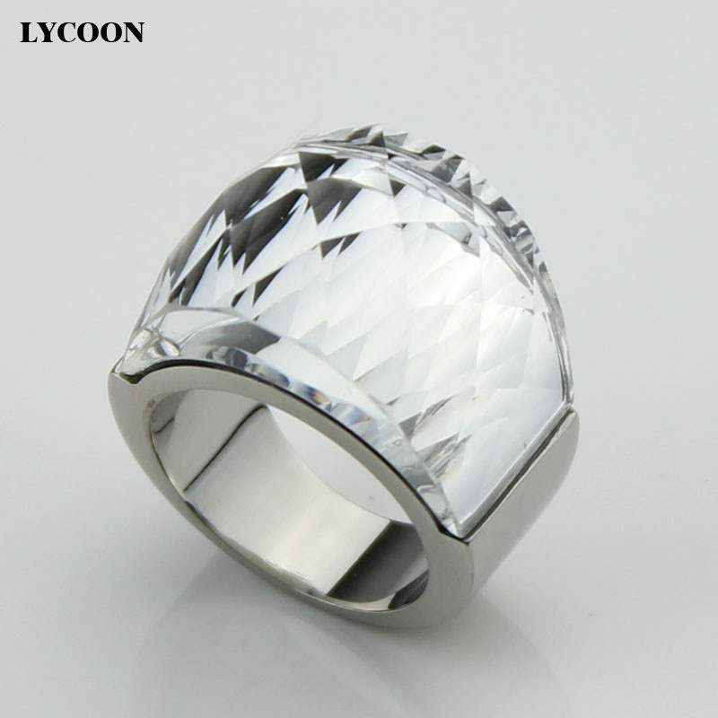 Hot sale! LCYOON high quality Genuine Austrian big crystal Rings fashion 316L Stainless steel wedding ring for women R0614