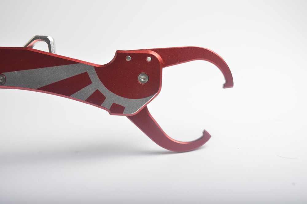 ใหม่พับเกรดการบินอลูมิเนียมปลา Gripper Grip Fish Lip Grabber เครื่องมือตกปลาสีแดง