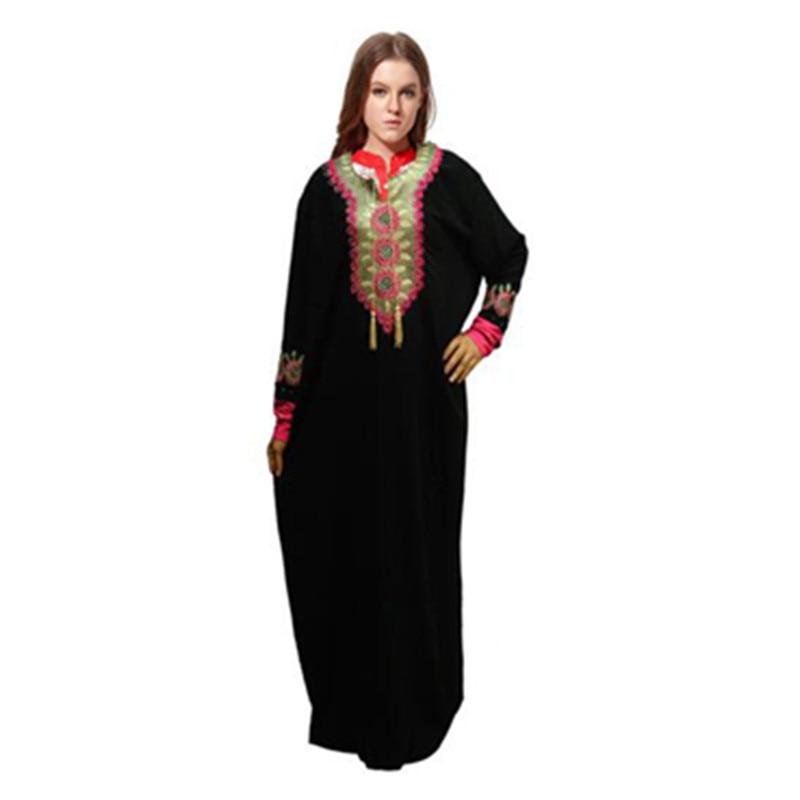 2016 Plus Size Women Long Gown Muslim Dress Clothing for Women High Quality Embroidery Muslim Abaya Islamic Kaftan Dubai Dresses(China (Mainland))