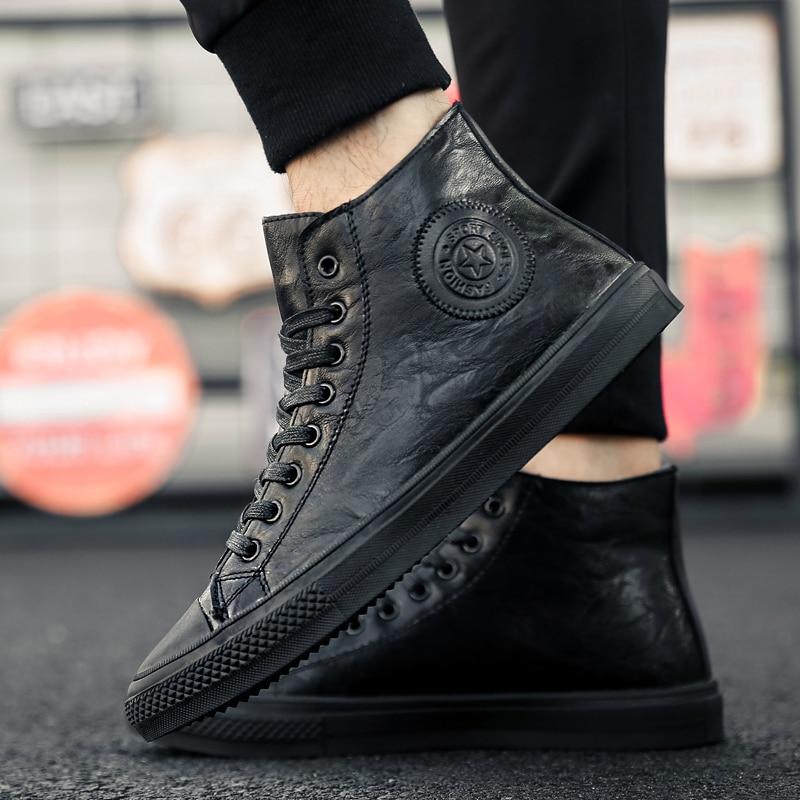 Homens sapatos de couro moda alta topos