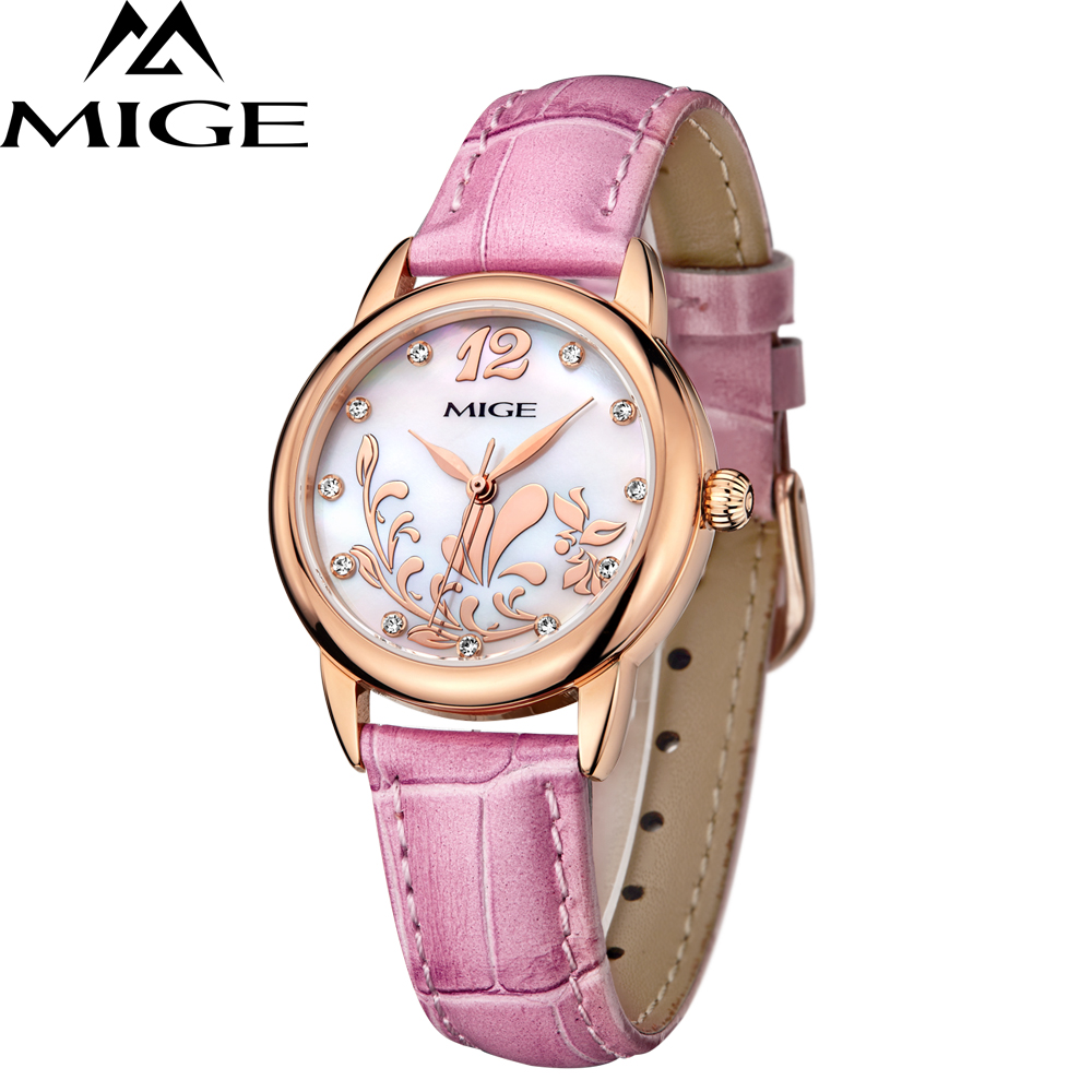 все цены на 2017 Hot Sale Top Fashion Ladies Watch Casual Pink Blue White Leather Popular Quartz Female Clock Waterproof Women Wristwatches онлайн