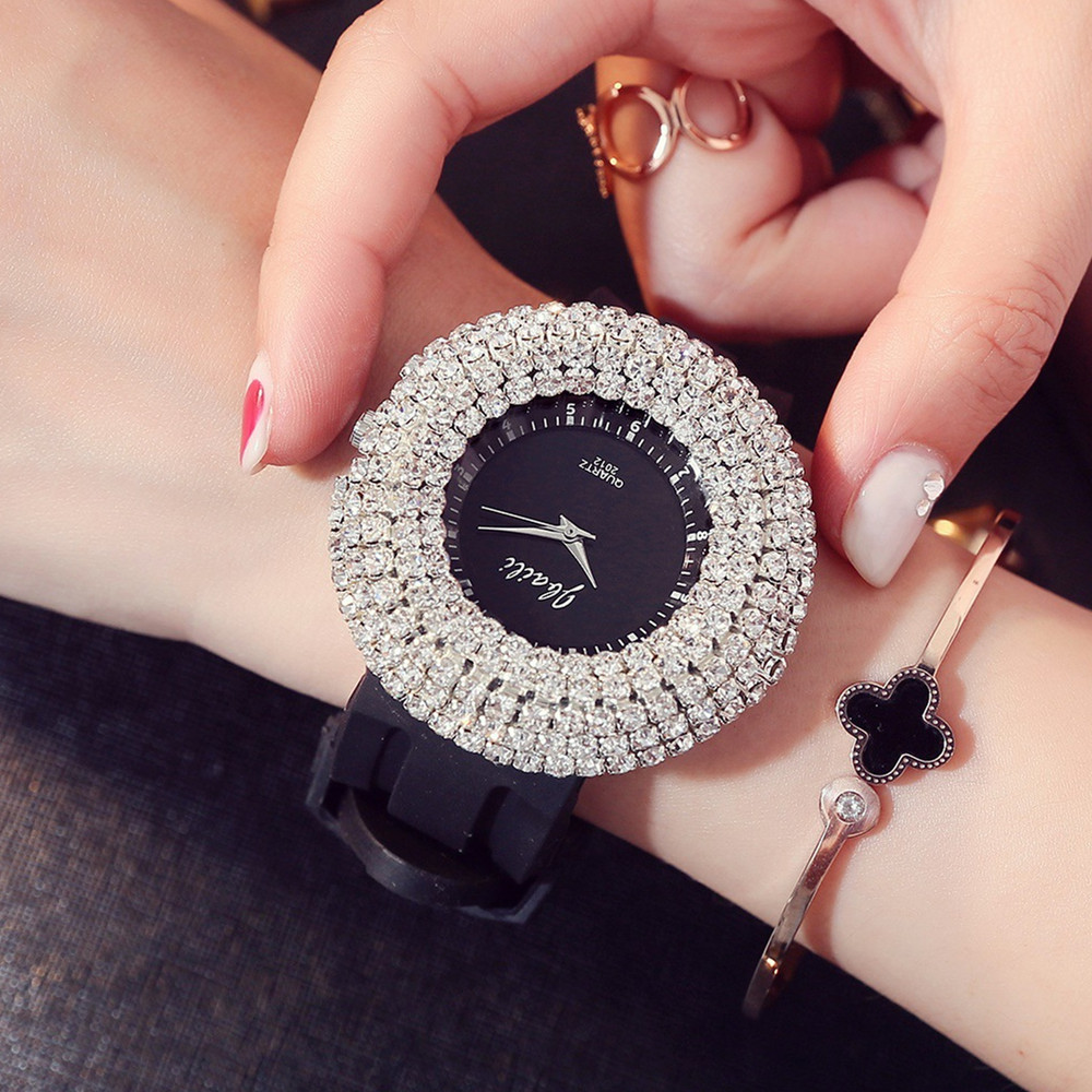 купить 2018 Luxury Women Watches Austrian Crystal Lady Dress Watch Rhinestone Bracelet Diamond Wristwatches Clock Relogio Feminino по цене 502.5 рублей