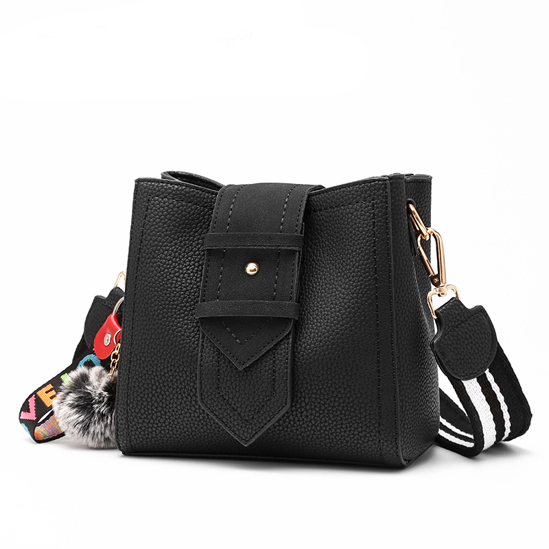 casual bucket crossbody bags Zipper opening bag Hairball decorated wide shoulder straps multifunction Luxury pure color handbag