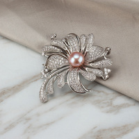 Luxury Rhinestone Flower Brooches Women Natural Pearl Brooch Pins for Female Wedding Brooch Pins Jewelry Accessories