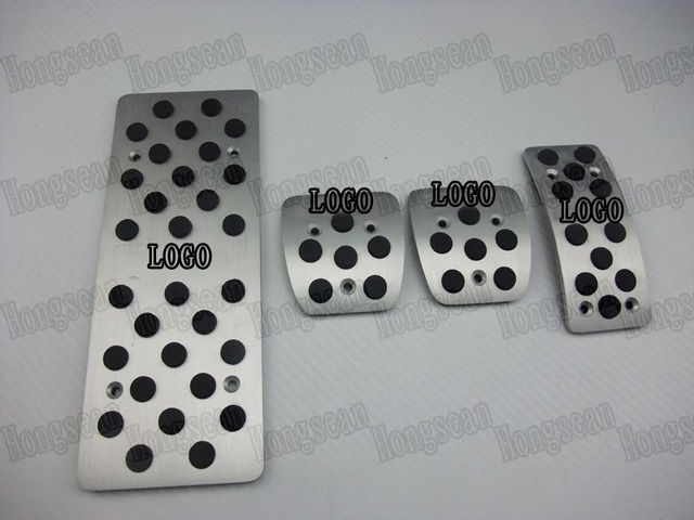 Aluminum alloy Evolution logo foot rest pads clutch pedal gas accelerator and brake pedal for Mitsubishi Evolution MT
