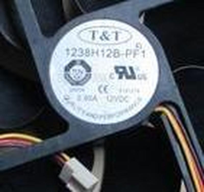For T & T 1238H12B-PF1 0.90 A 2800 RPM 48.2 DBA 149.64 CFM 12038 120X120X38 12CM 12V Cooling Fan