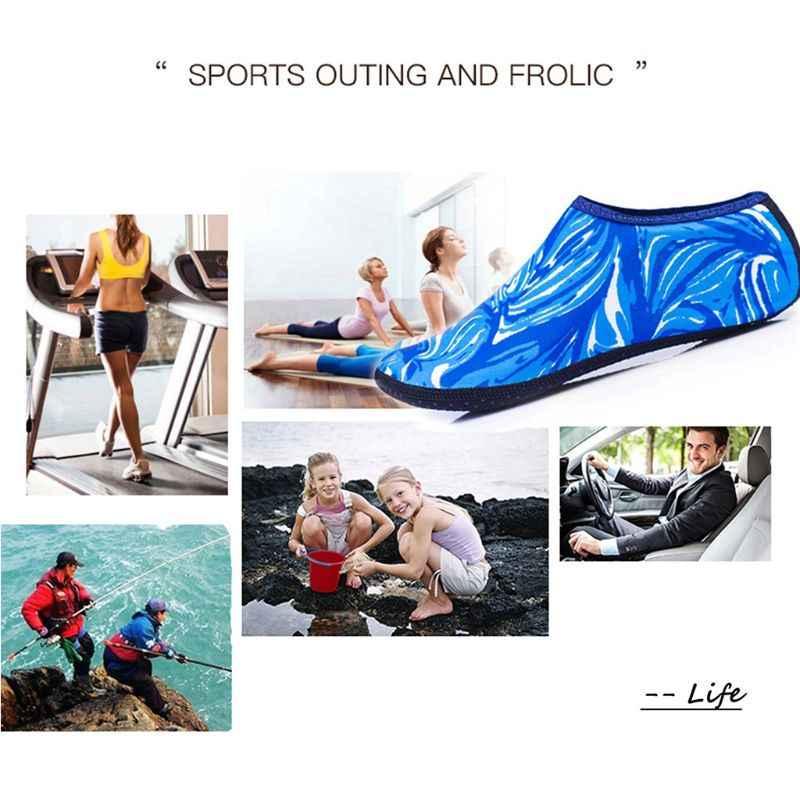 Kadın erkek yaz Yoga spor plaj su ayakkabısı kamuflaj baskı dalış şnorkel Aqua çorap yüzme hızlı kuru Barefoot terlik