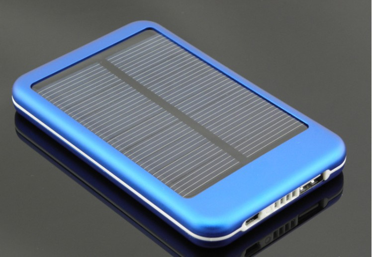 wholesale 5000mAhPortable Solar Charger for Mobile Phones
