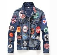 2017 de invierno Patrón de Estilo Americano Europeo para hombre Insignia chaqueta de mezclilla marca de lujo de los hombres ropa de Abrigo y Abrigos chaqueta de mezclilla azul