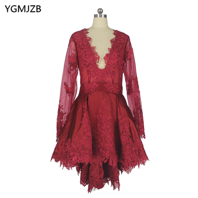 Elegant Robe De   Cocktail     Dresses   2018 V Neck Lace Appliques with Long Sleeves High Low Short Prom Gown Homecoming Party   Dresses