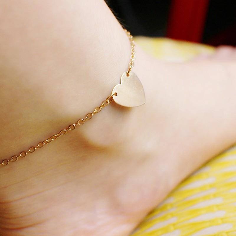 HTB1SQCxKFXXXXblXFXXq6xXFXXX5 Charming Foot Chain 2-Pieces Gold And Silver Heart Ankle Jewelry Bracelets For Women