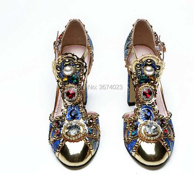 c5e134f83b2a3 Qianruiti Mujer Runway Diamonds Sandals T-strap Block High Heels Gold Toe  Luxury Jeweled Shoes