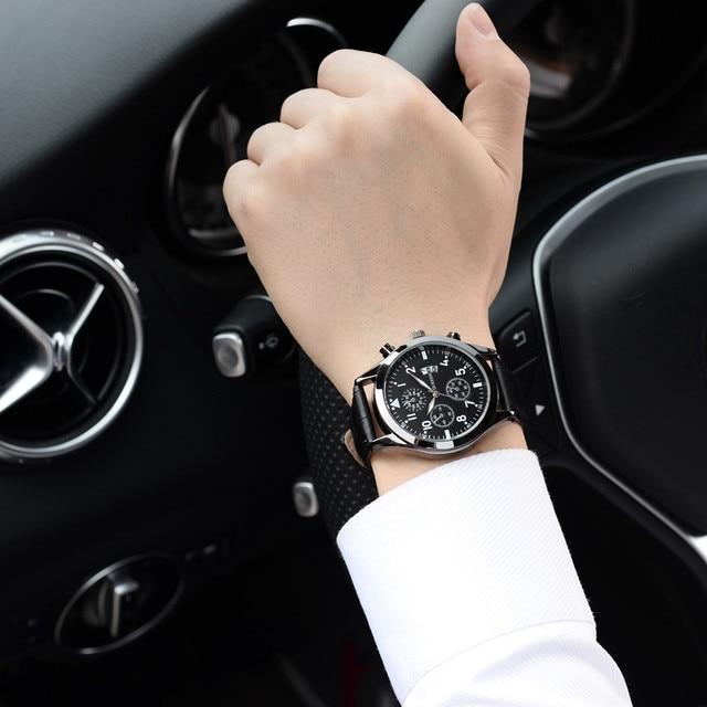 691f7146919f Nuevos hombres reloj de marca de lujo relojes de cuarzo reloj de moda  cinturones de cuero