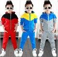 2016 nova chegada do bebê meninos roupas set roupas hoodied 3 cores meninos terno de varejo e frete grátis
