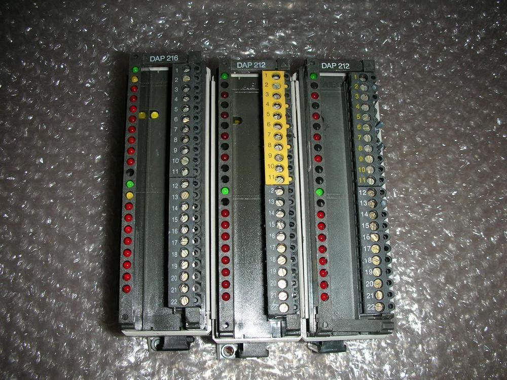 1PC USED Modicon TSX Compact PLC AS-BDAP-212 AS-BDAP-216 Total 3