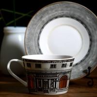 Fornasetti Coffee Cup European Gold Window Castle Bone China Coffee Set Tea Cup And Saucer Set Porcelain Coffee Drinkware
