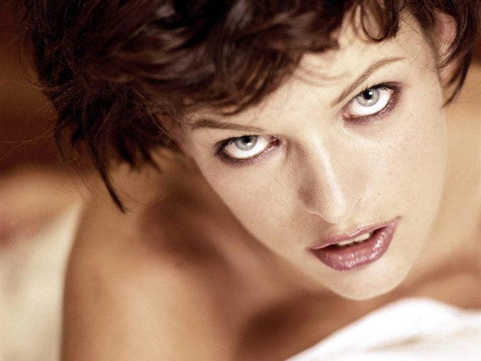 0966B Milla Jovovich Hot Model Face Portrait-Wall Sticker Silk Poster Light Canvas Decoration