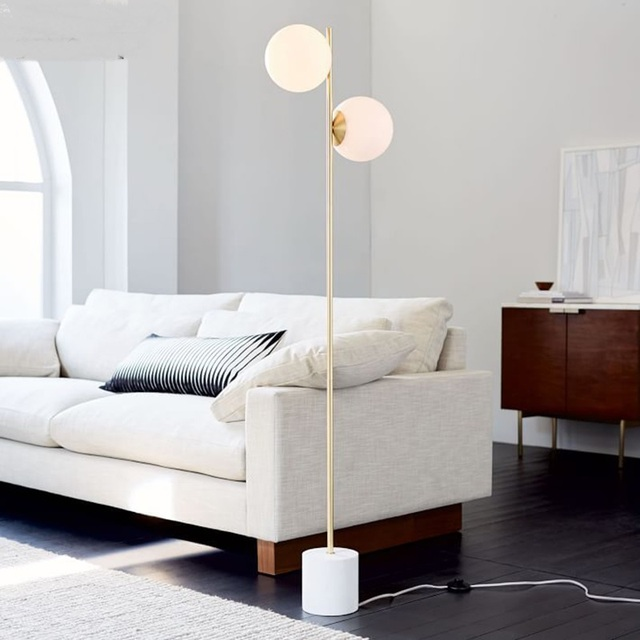 US $381.0 |Moderna lampada da terra palla di vetro Nordic lampada da  comodino camera da letto rotondo divano del soggiorno 2 teste luce  pavimento ...