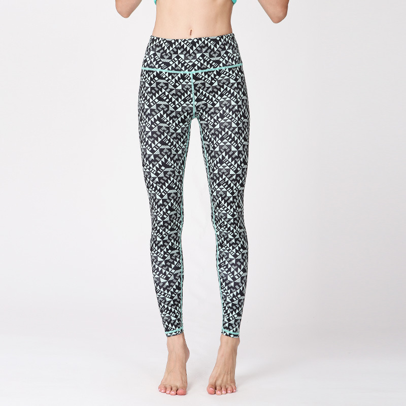 New Fitness Printed Yoga Nine minute Pants Running Air permeable Quick drying Yoga Pants in Yoga Pants from Sports Entertainment