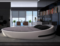 Italy Design Luxury Large Size Round Bed Top Grain Leather Soft Bed Villa King Zise Round