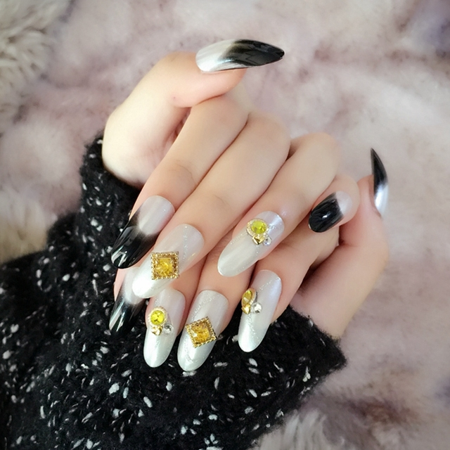 Long Round Fake Nails Pearl White False Nail Tips Black French Nails ...