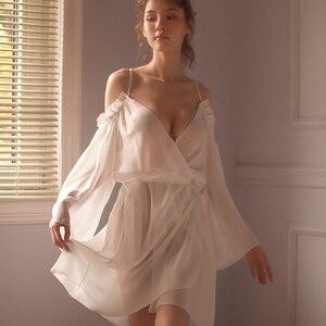 Image 3 - Sexy Lace Suspender Solto Sleepwear Baixo Peito Princesa Longo da Mulher Dormindo Lingerie Low cut Correias Camisola Camisola