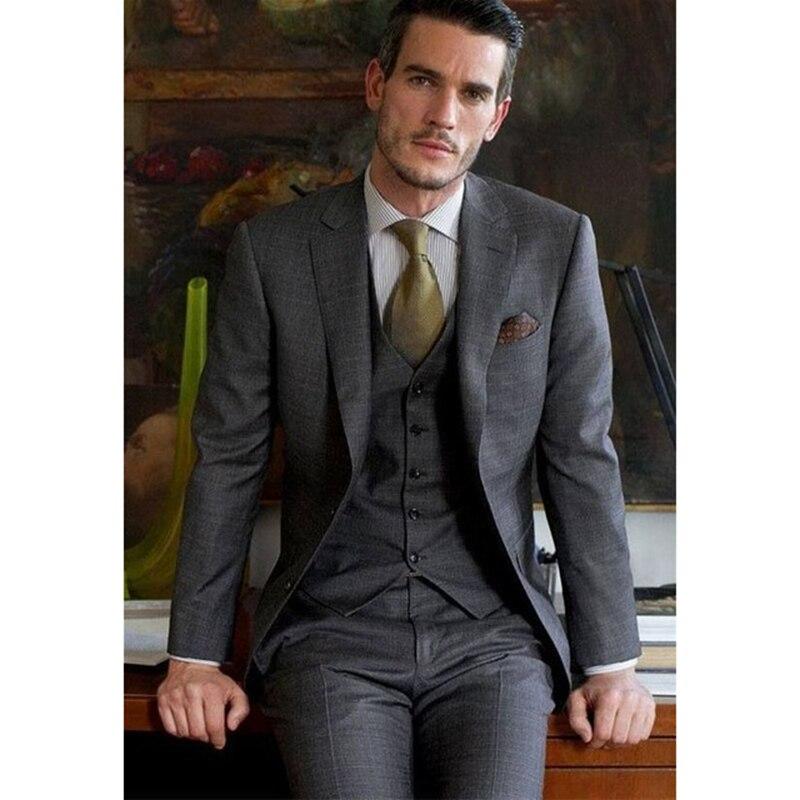 Erkek Kıyafeti'ten T. Elbise'de Yüksek Kalite Koyu Gri erkek Takım Elbise Resmi 3 Parça takım elbise Setleri Şal Yaka İki Düğmeli Blazer Pantolon (ceket + pantolon + yelek)'da  Grup 1