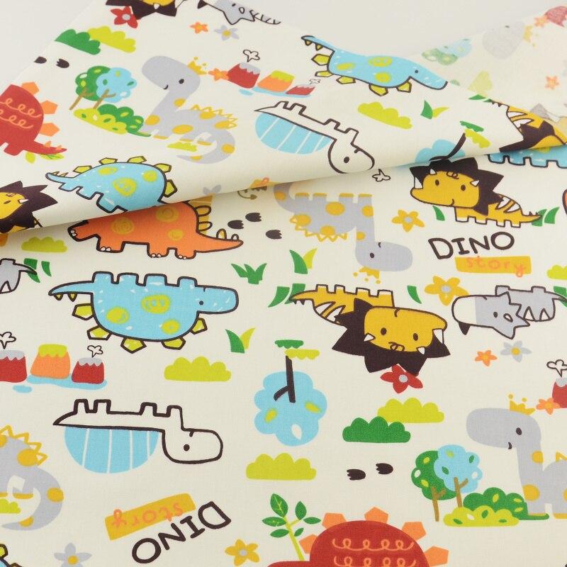 Costura de tela que acolcha de retazos de tela de algodón de dibujos animados te