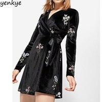 Vintage Kadınlar Çiçek Nakış Kadife Kimono Elbise Uzun Kollu Seksi çapraz V Boyun Kemer Wrap Siyah Ile Casual Elbise Mini vestido
