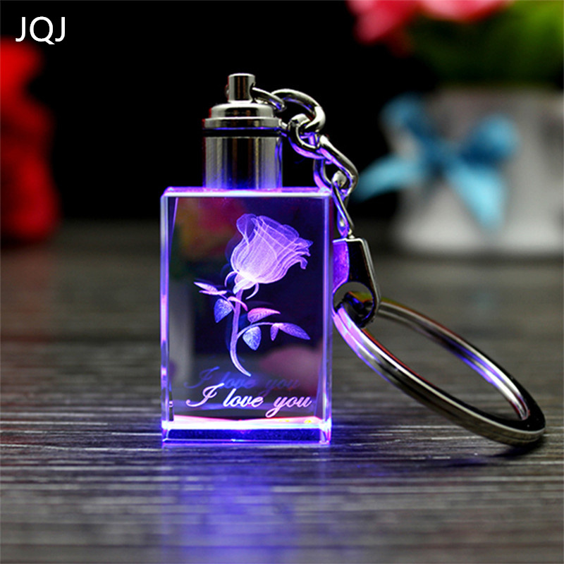 JQJ Chain Peach Crystal Keychain Couples cube Colorful LED Flashing Led Lights Chaveiros Llavero Fashion Party Gifts Souvenir
