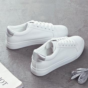 Moda buty kobieta 2019 wiosna nowy Casual klasyczny jednolity kolor PU skórzane buty kobiety dorywczo białe buty trampki tanie i dobre opinie HOPUS Rzym Stałe Syntetyczny Fabric Wiosna jesień Niska (1 cm-3 cm) Lace-up Pasuje mniejszy niż zwykle proszę sprawdzić ten sklep jest dobór informacji