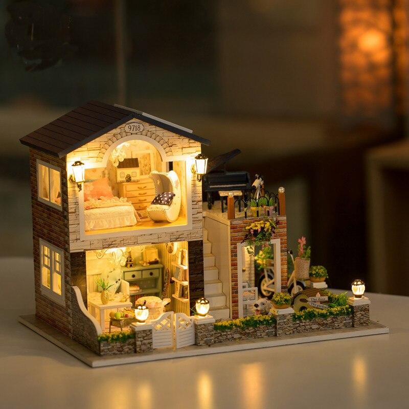 Hoomeda 1/24 DIY миниатюра деревянный ручной ирландский загородный дом со светодио дный + мебель кукольный домик наборы BesT подарок для детей обувь ...