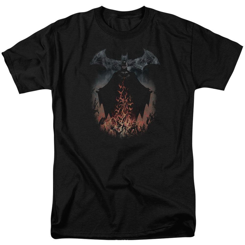 Бэтмен Для Мужчинs дым и пожарной футболка черный rockabilia