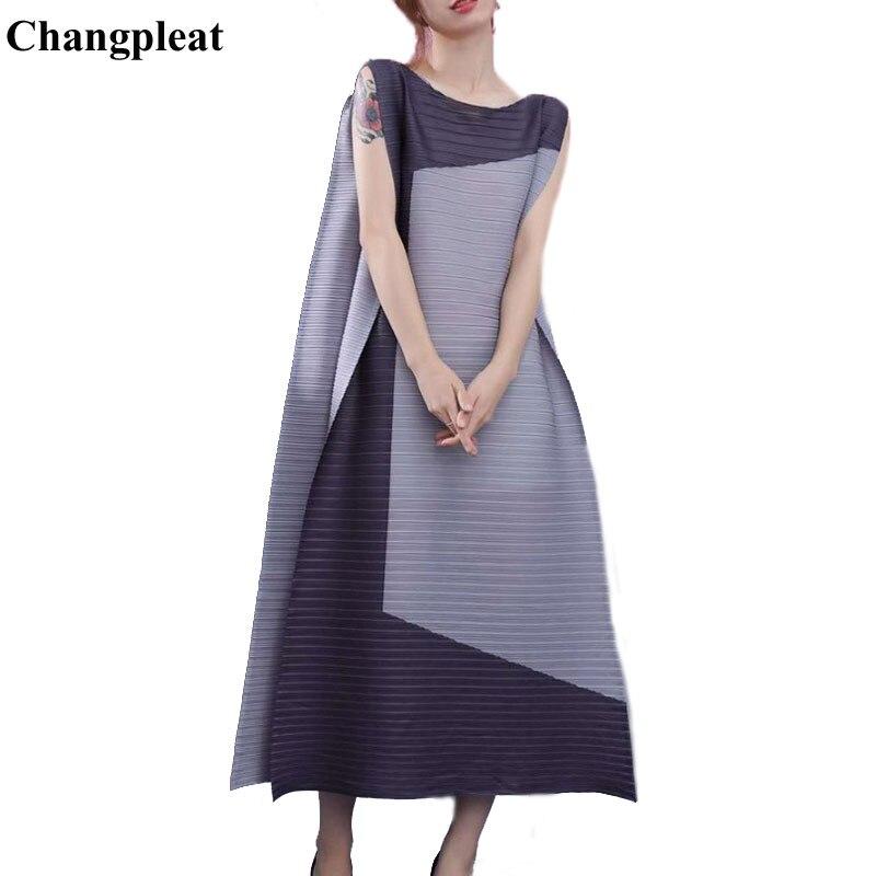 Changpleat lâche femmes robe Miyak plissée mode Design sans manches Slash cou grande taille femme a ligne longues robes marée D9008-in Robes from Mode Femme et Accessoires    1