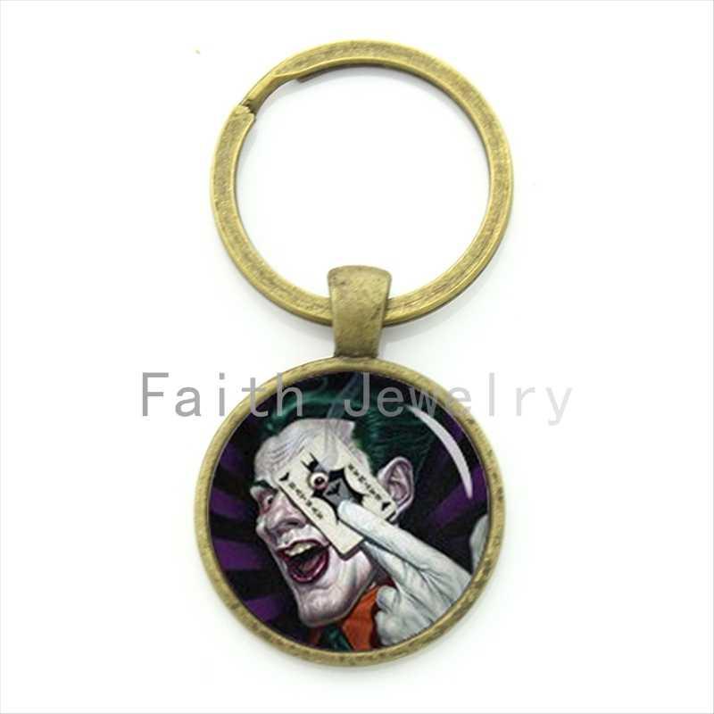 Thời trang thú vị siêu anh hùng đồ trang sức vui Joker của móc chìa khóa super hero biểu tượng chơi bài poker keychain mens phim quà tặng KC616