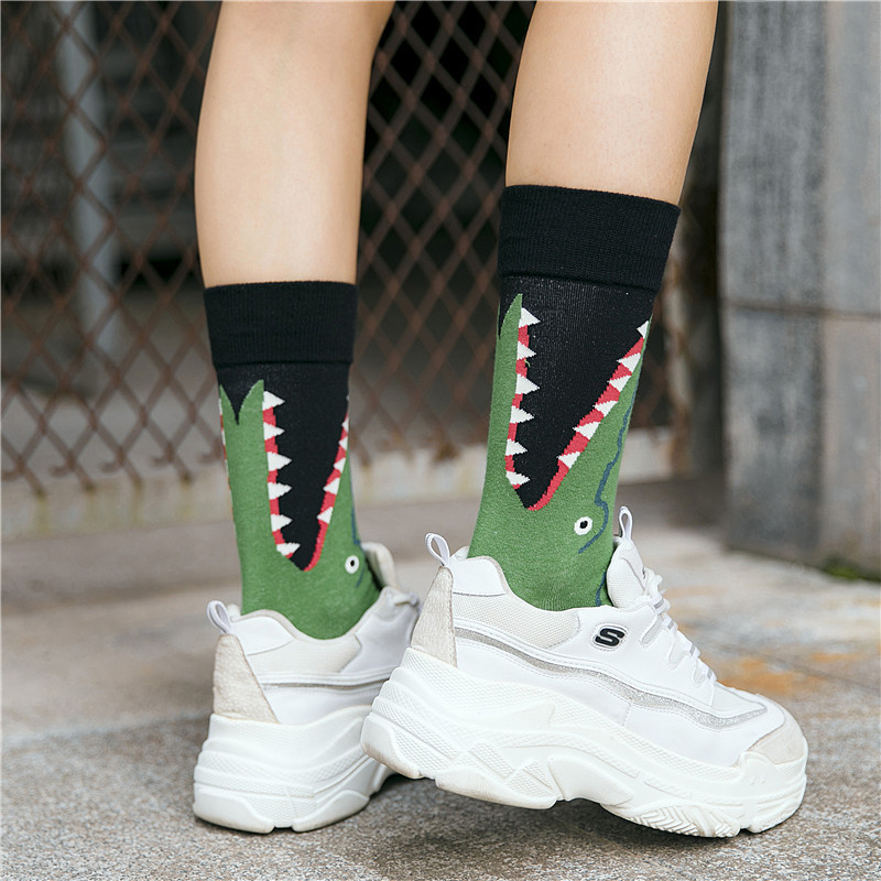 Cute Crocodile Whale Printing Pattern Art   Socks   Women Europe Fashion Animal   Socks   Funny Cotton   Socks   Kawaii Sokken Calcetines